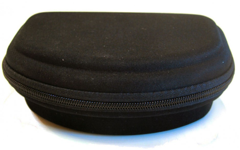 Universal Sunglasses Case - Black